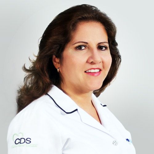 Irma Galvaldon Ocean Dental Cancun